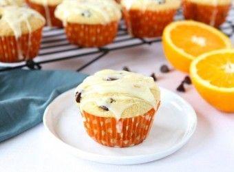 Muffins με πορτοκάλι, σοκολάτα και γλάσο πορτοκαλιού | InfoKids