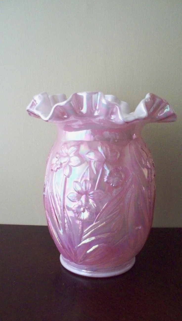 """*FENTON ART GLASS ~ hand blown glass, daffodil design on a pink iridescent background, has the Fenton logo on the top, stands 8"""" + 6 1/2 wide."""