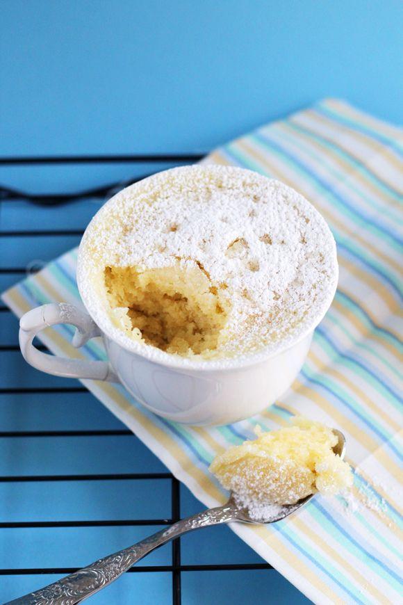 Buenos días!! Hoy os traigo un magnífico Mug Cake de la gran Victoria´s Cakes. Los Mug Cakes son fabulosos, rápidos de hacer y realmente deliciosos. Todos podemos hacerlos en casa ya que los ingredientes siempre los tenemos en casa, como medidor solo necesitamos una cuchara sopera y nada de nada de batidoras, solo un tenedor y una taza. A que os gusta la ...