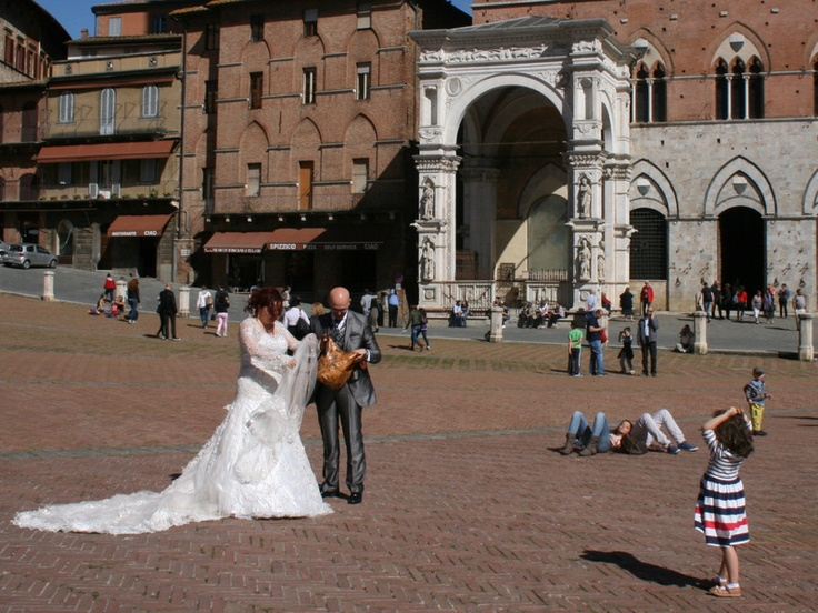 Marriage to Piazza del Campo Siena