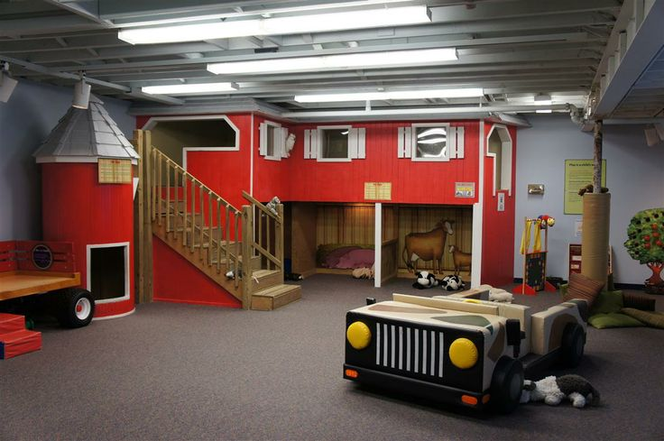 boys farm theme room | Cleveland Children's Museum Review: The Kids Have Sand Between ...