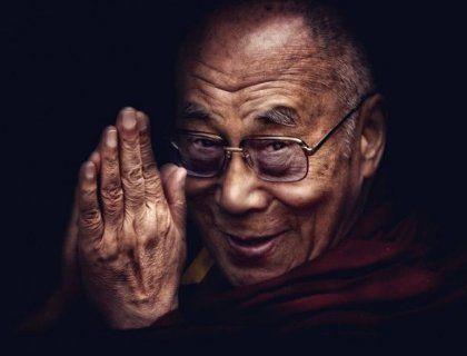 В начале нового тысячелетия, Далай Лама сформировал 18 правил жизни. Вот они: