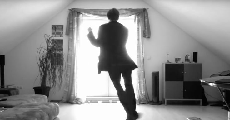 He Set Up Camera To Record Himself Dancing, But Didn't Expect 40 Million People To Fall In Love With Him