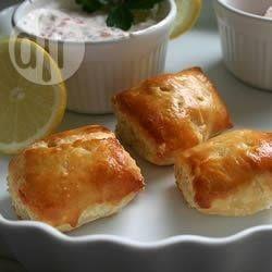 Petits feuilletés au saumon fumé @ allrecipes.fr