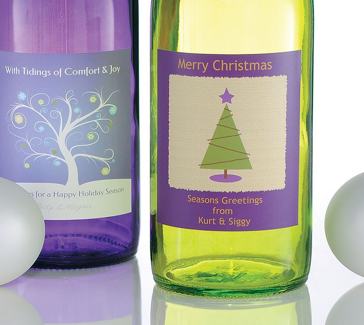 Custom wine labels for holiday parties. #winelabels #partylabels #Christmaslabels #Christmaswinelabels #customwinelabels #waterprooflabels #holidaywinelabels #gift #winegift