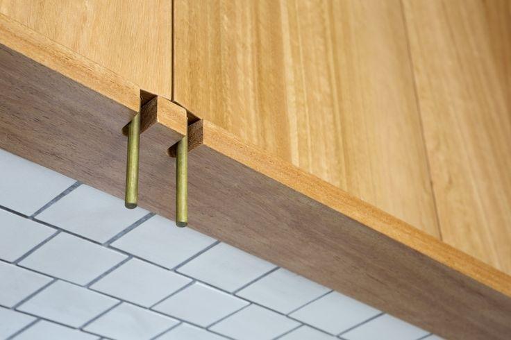 cupboard handles | Torbreck 11G » Vokes and Peters