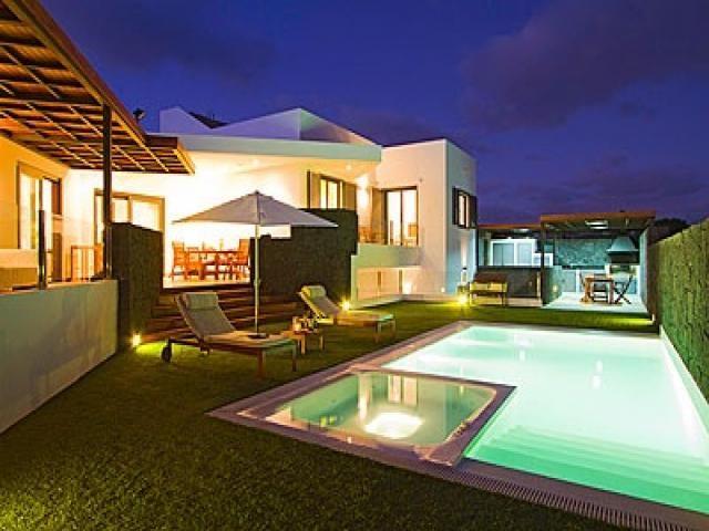 4 bedroomVilla  in Puerto Calero, Canary Islands