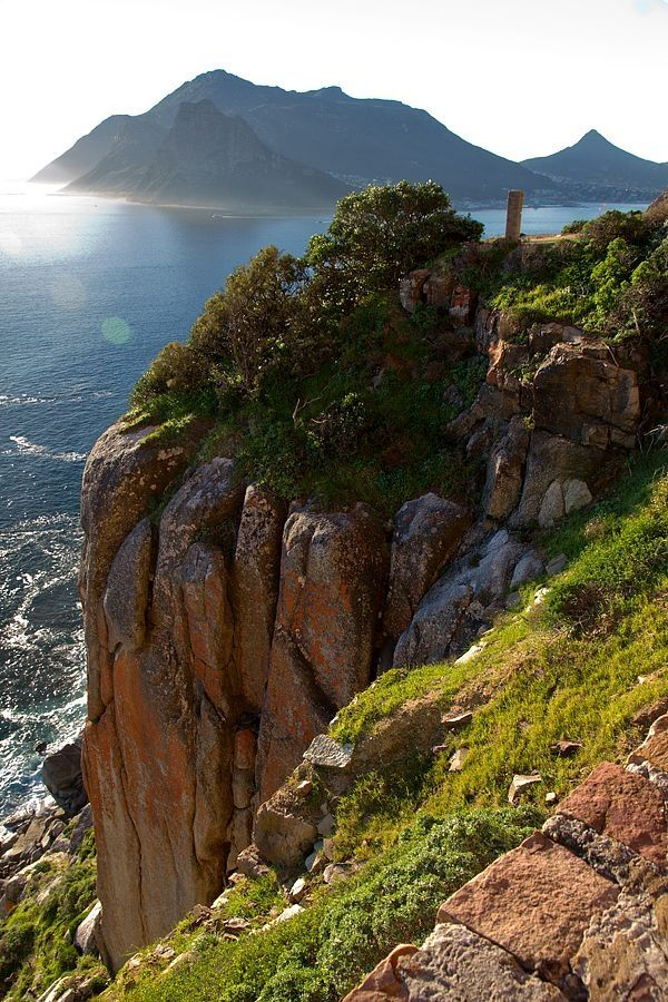 Chapman's Peak Drive, Cape Peninsula, South Africa. Via indulgy.com