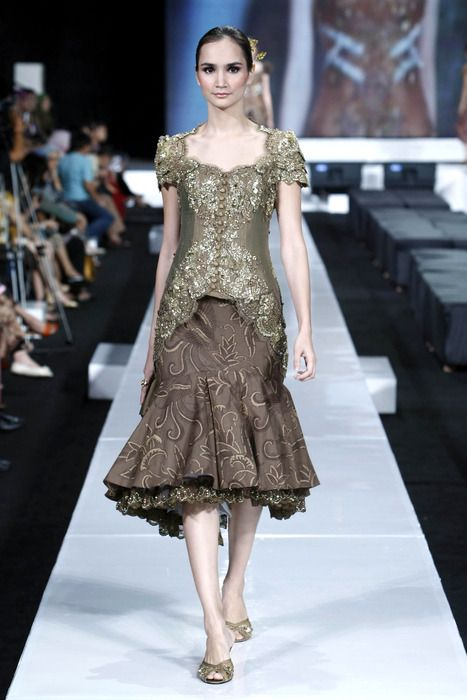 Kebaya Modern 2013 Simple Designs For Teens
