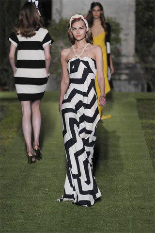 gothic jewellery uk Diane von Furstenberg Resort   Collection Photos  Vogue