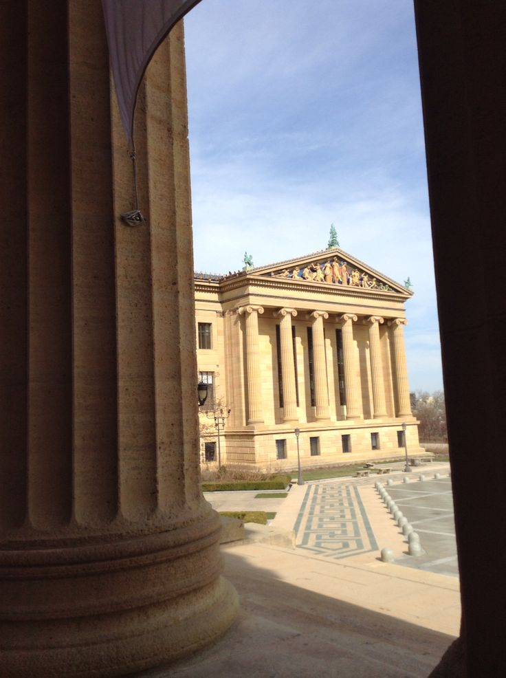 http://instagram.com/p/1LHQ-ErSxS/  Museo de arte Philadelphia