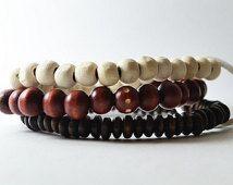 Africain nubien Bracelet fait main en Australie. Streetwear OKSINC naturelle des tons masculine, en bois perles bracelet bobo à la main. Blanc rouge
