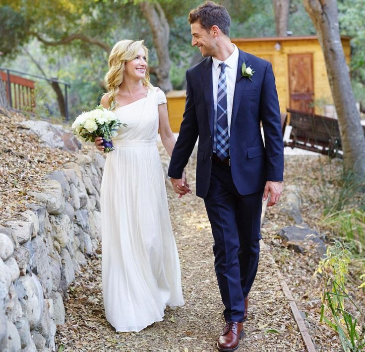 CONGRATS!: 'The Office' Star Angela Kinsey is Married — See Her Gorgeous Wedding Dress!