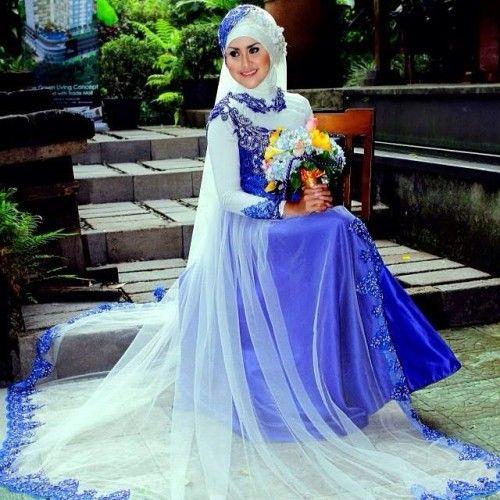 gaun pengantin muslimah biru-6