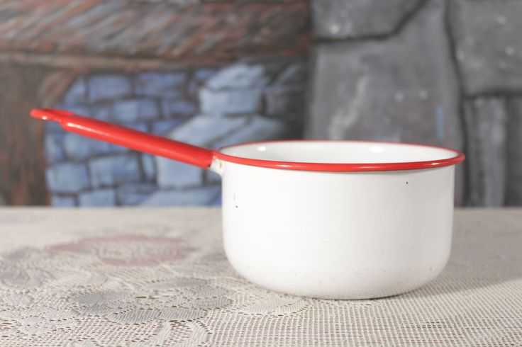 Vintage enamelware White Red Saucepan Kitchenware enamel Pot 3 cup White inside Red Trimmed no chips Country Farmhouse by sisoftmoonVintage on Etsy