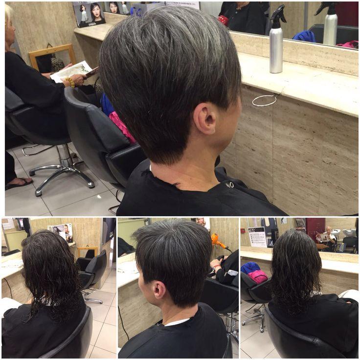 Cambios y más cambios de look ¿Nos propones el tuyo? Etiquétanos en #instagram en @ponsformacion, deja tu opción en nuestro #Facebook Josep Pons Formació o en nuestro Pinterest con el mismo nombre #barcelona #style #styles #cute #beauty #hair #hairstyle #haircut #hairstylist #hairdresser #hairs #peluqueria #cabello #cabellocorto