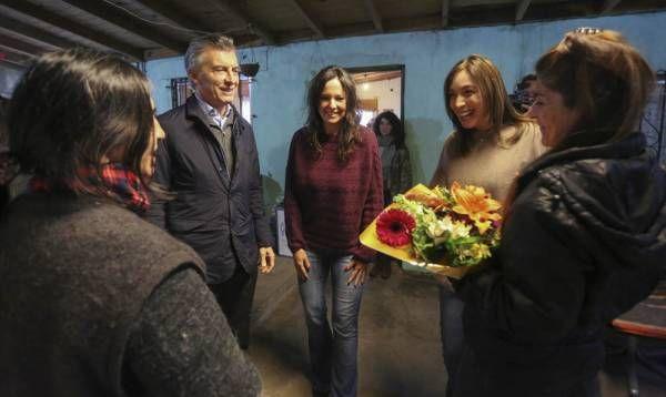 Macri y Vidal mantuvieron un encuentro con mujeres de una cooperativa de Pilar