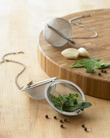 Mesh tea ball -  good idee!
