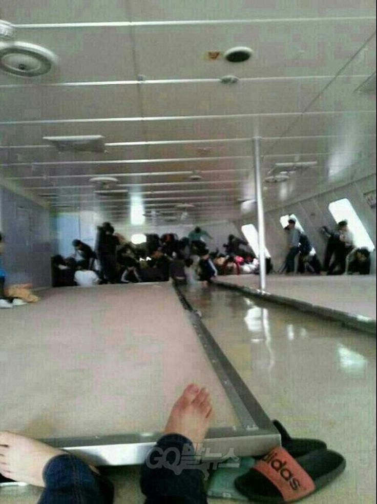Passengers wait for rescue aboard inside the Sewol ferry as it sinks in this image posted to a social media site by a student on the ship. Copyright GobalNews