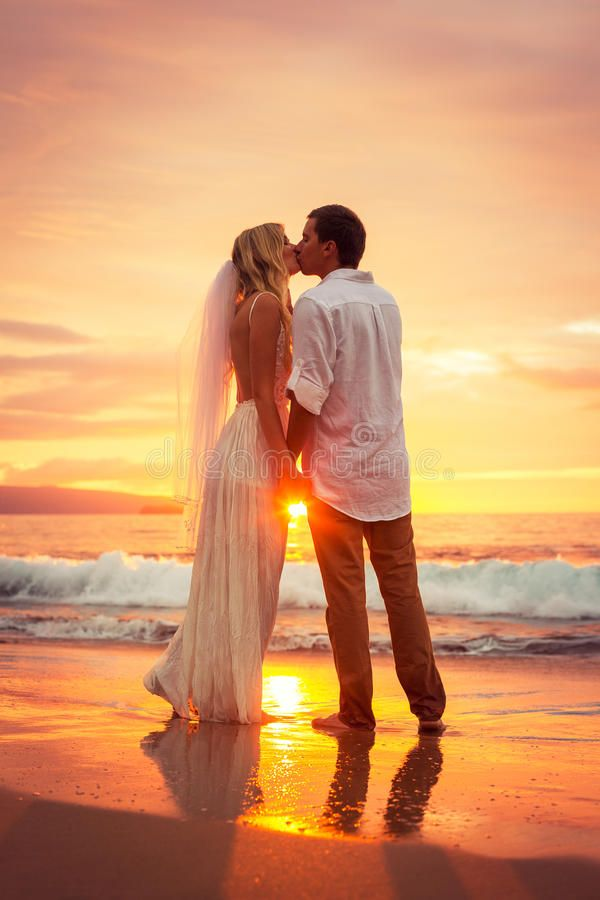 Just Married Couple Kissing On Tropical Beach At Sunset Hawaii Beach Wedding I Aff Tropi In 2020 Beach Wedding Photos Hawaii Beach Wedding Sunset Beach Weddings