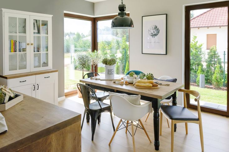 Lemn, cărămidă expusă și un decor scandinav modern într-o casă din Polonia Jurnal de design interior