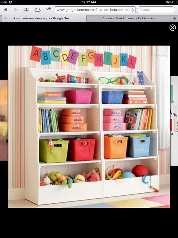 Organizado por colores y tamaños ordenar es más divertido!