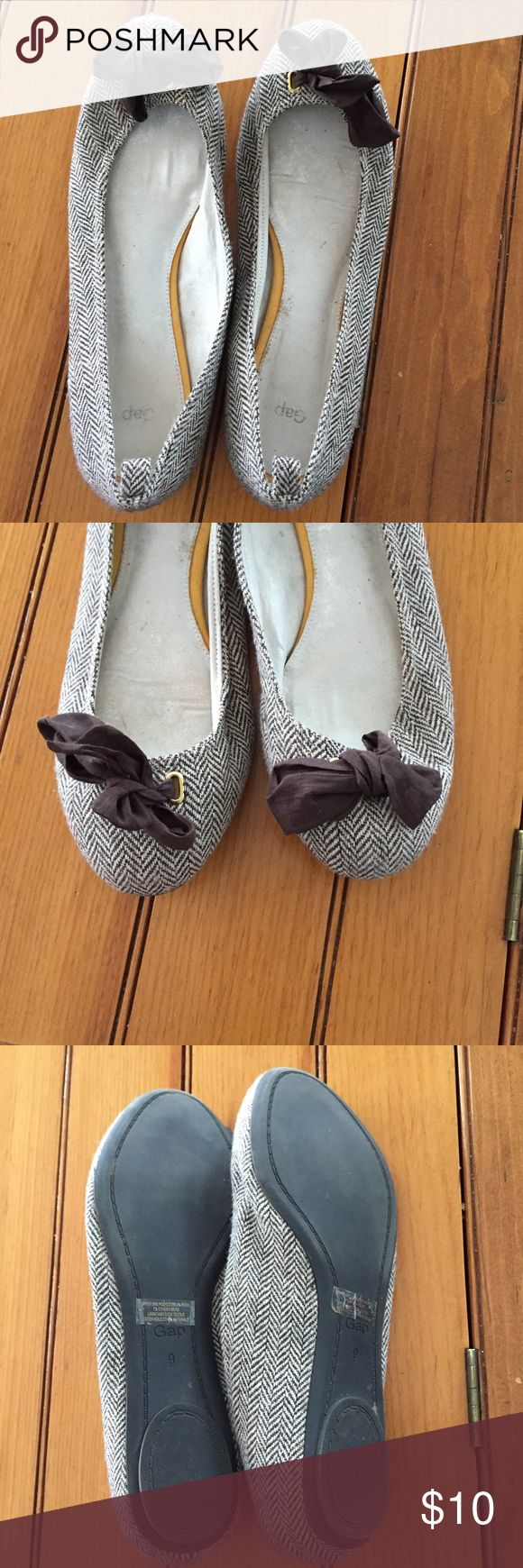 [Gap] Brown Bow Flats Size 9. Barely worn in good used condition! GAP Shoes Flats & Loafers