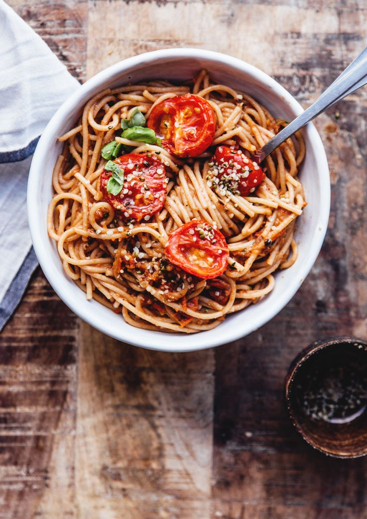 Pasta Puttanesca with grilled tomatoes  | healthy recipe ideas @xhealthyrecipex |