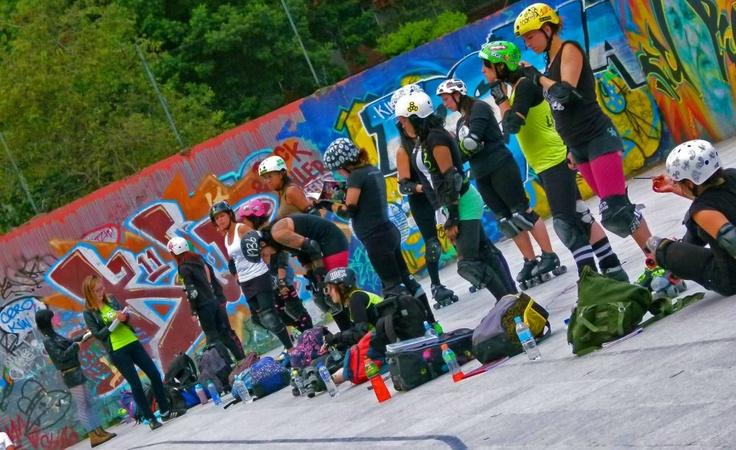 Training. Roller Derby Colombia. Bogota Bone Breakers.