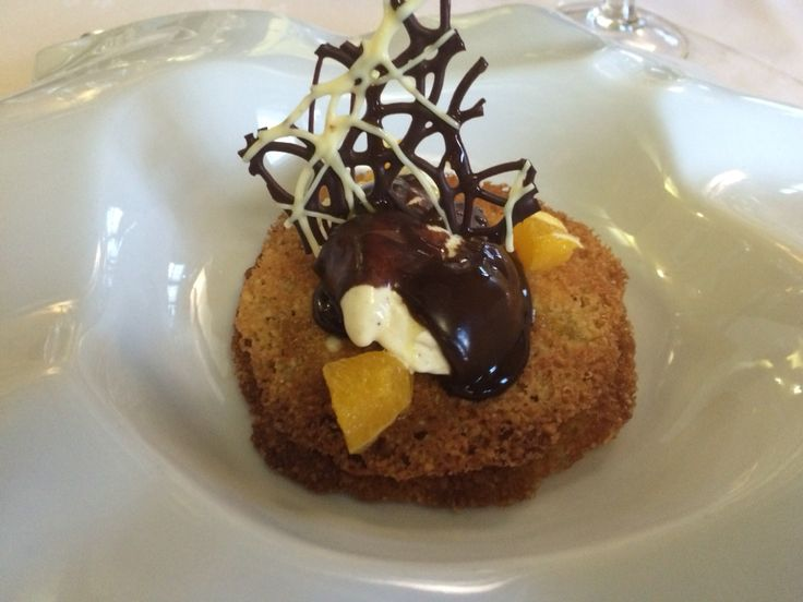 Almond pastry, orange cream and chocolate picual #evoo sauce