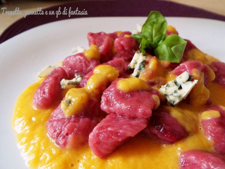 Gnocchi di rapa rossa con zucca e gorgonzola......Volete un modo originale per preparare i gnocchi, che i vostri ospiti trovino simpatici agli occhi e stuzz