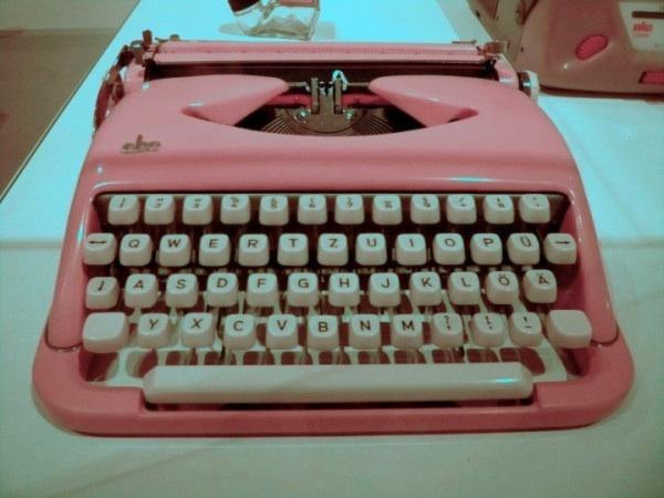 Pink retro typewriter
