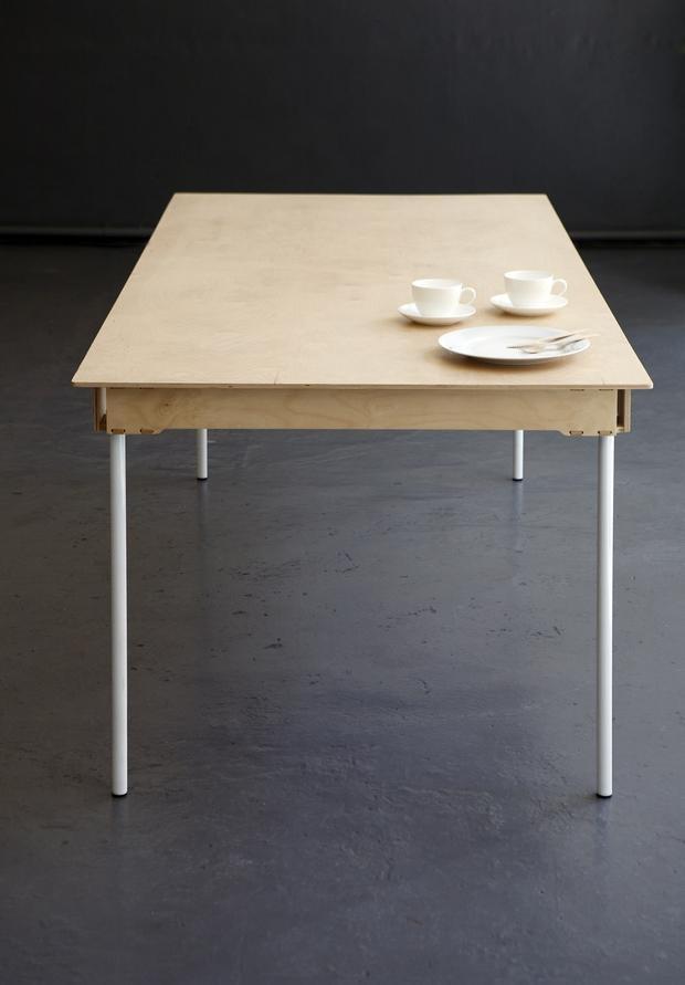 Fairlegs Dining Table – Pedersen + Lennard (R4400)