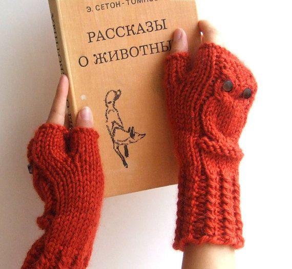 Owl fingerless mittens / gloves / wristwarmers in by CozySeason, $39.00
