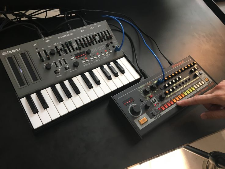 What you need to know about the Roland Boutique 101, 808 reboots - CDM Create Digital Music https://link.crwd.fr/1ACL