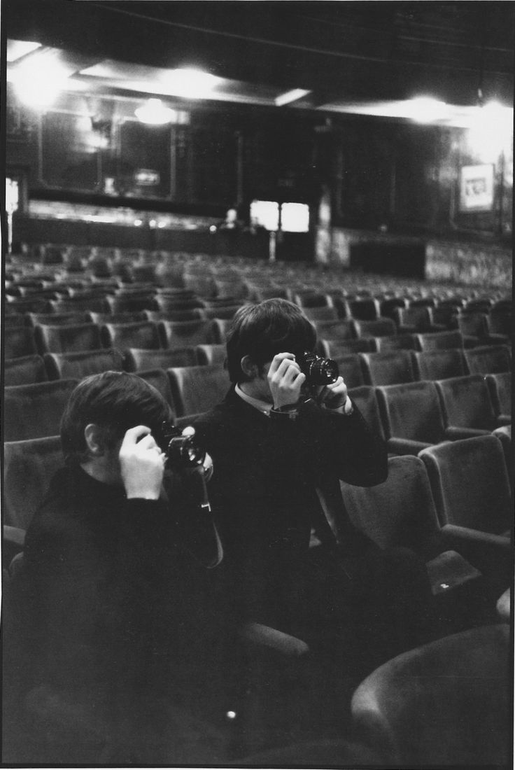 George Harrison and Ringo Starr - photography twins
