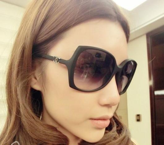 Aliexpress.com : Buy 2014 Fashion New brand designer sunglasses Unisex cycling Goggles black New colorful Summer Shade Sunglases Free Shippi...