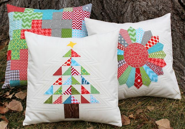 Patchwork Christmas Tree Pillow Tutorial by Cherie @ the red pistachio, via Flickr