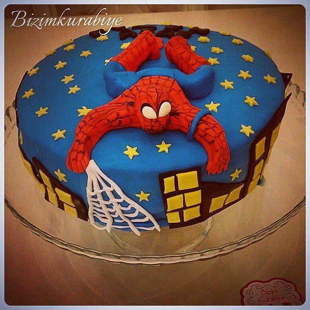 Bizimkurabiye Butik Kurabiye ve Pasta: Örümcek Adam Pasta