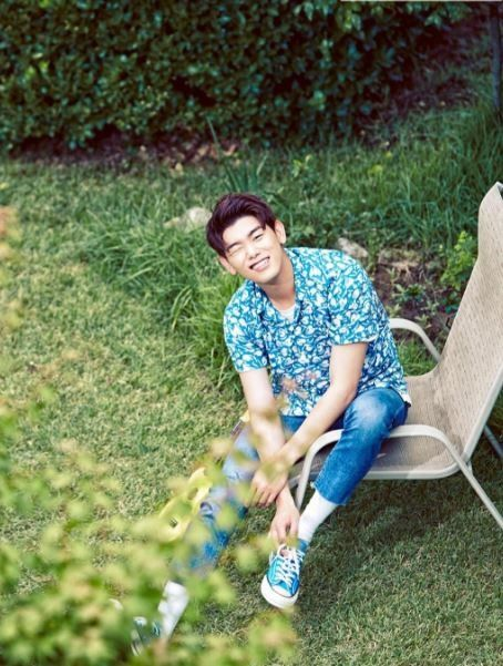 Eric Nam reveals pictures for upcoming single! | Koogle TV