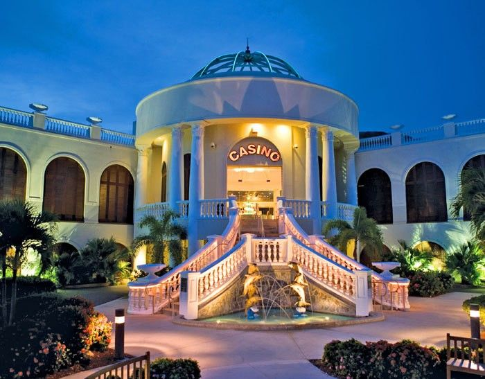 Divi Carina Bay Beach Resort - All-Inclusive in Christiansted, CR | BookIt.com