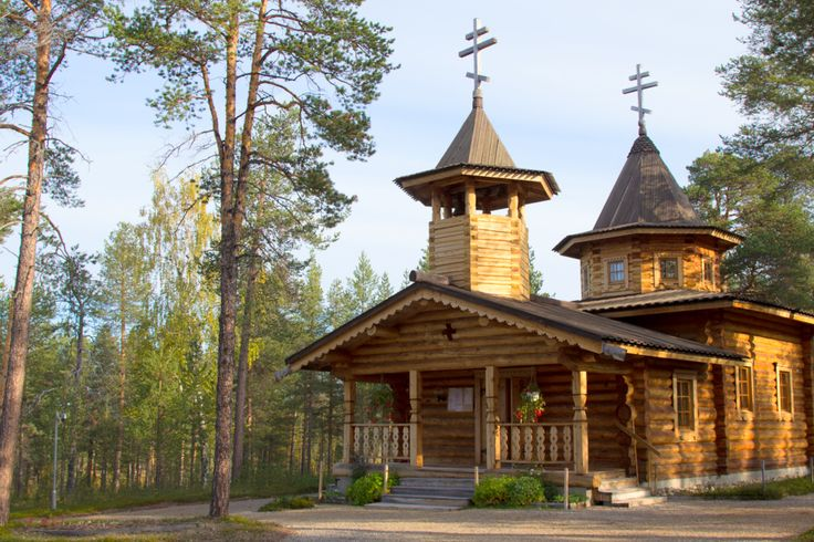 Nellie Orthodox Church in Finnish Lapland. The village of Nellim is close to the Russian border, about 40 kilometres from Ivalo. Its location on the shores of Lake Inarijärvi guarantees great skiing and hiking grounds and a tremendous setting from which to observe the Northern Lights. Photo via Inari-Saariselkä tourism.
