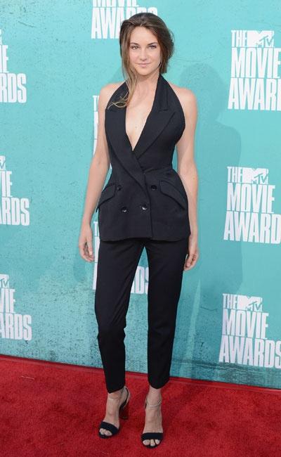 Shailene Woodley in Stella McCartney peplum jumpsuit.: Mccartney Peplum, Peppy Peplums, Peplum Jumpsuits