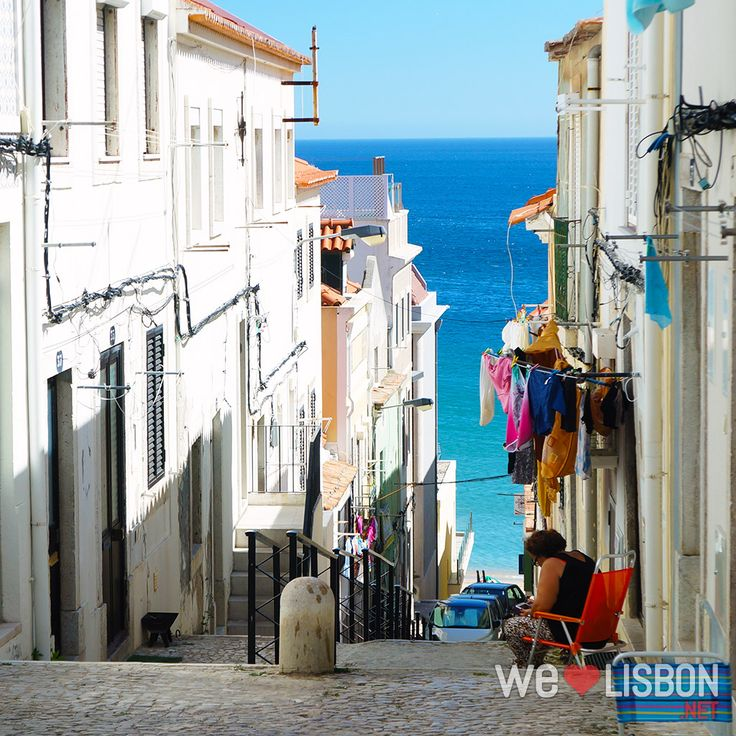 Sesimbra village is a traditional fishing village surrounded by Arrábida Natural Park is a seaside favorite location near the capital with great beaches, scuba diving and snorkeling spots.