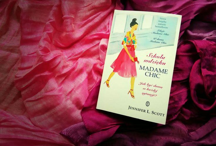 Trzecia część poradnikowej serii z Madame Chic w tytule. Tym razem Jennifer L. Scott, autorka nie tylko książek, ale i popularnego lifestylowego bloga The Daily Connoisseur, daje wskazówki jak być damą w każdej sytuacji.