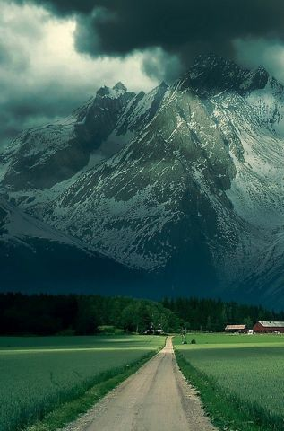 The French Alps. #epic ! I have been to the Swiss alps and the Italian alps but never the French!