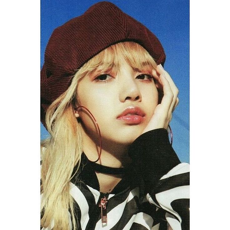 """Mi piace"": 1, commenti: 1 - simply su ♡ (@wondersuland) su Instagram: ""• #lisa #blackpink #jenny #jisoo #rosé #snsd #taeyeon #exo #kai #jongin #redvelvet #wendy #nct…"""