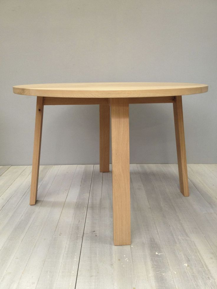 solid american oak round table - product image