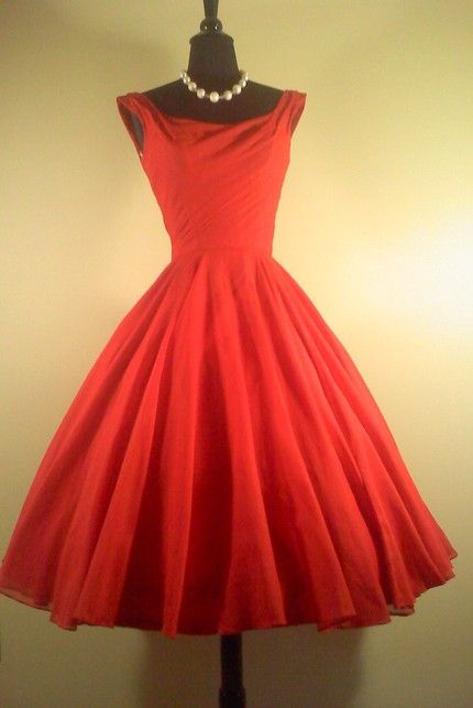 Red dress 1946 analysis in scientific method