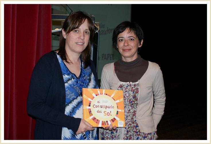 """Celebrando el Día del Libro con """"El constipado del Sol"""" en la Biblioteca de Soto del Barco 23-04-2013 Esperanza Medina / Elena Fernández"""